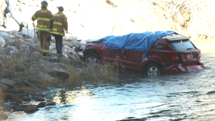 car-into-river-1